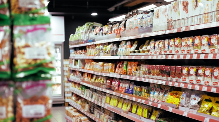 Grocery shoppers with lists spend far less on impulse buys