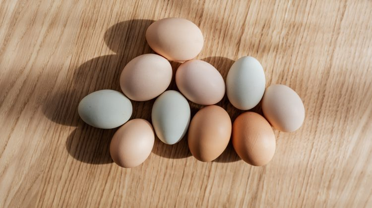 How to easily identify hard boiled eggs in the fridge